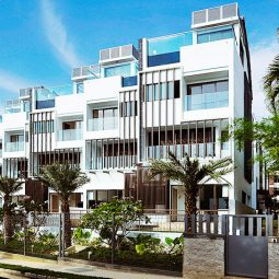 suites-at-bartley-developer-wee-hur-holdings-limited-jalan-bunga-rampai-villas-at-gilstead-singapore